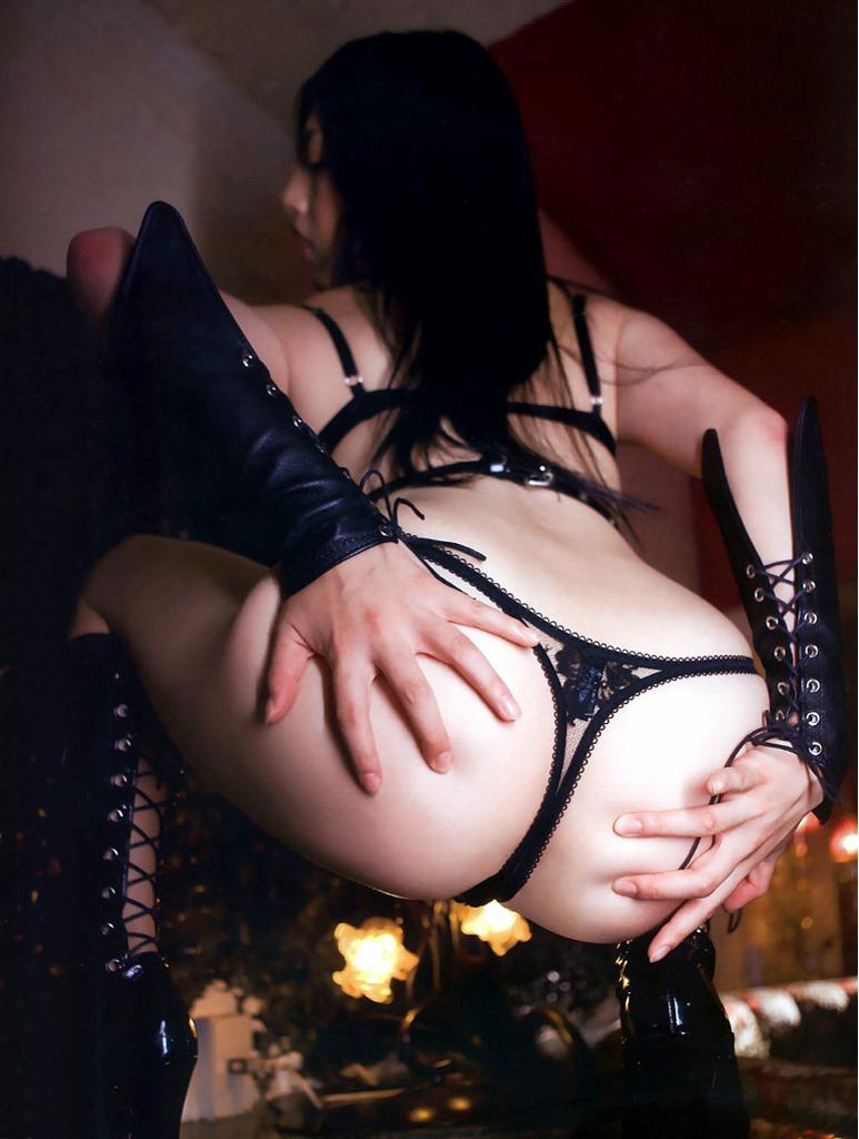 【Tバックエロ画像】女の子のお尻は美しくセクシーに!Tバックパンティーの魅力! 22