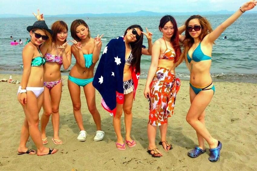 【素人水着エロ画像】素人娘たちの水着姿が生々しくて勃起不可避な件! 05
