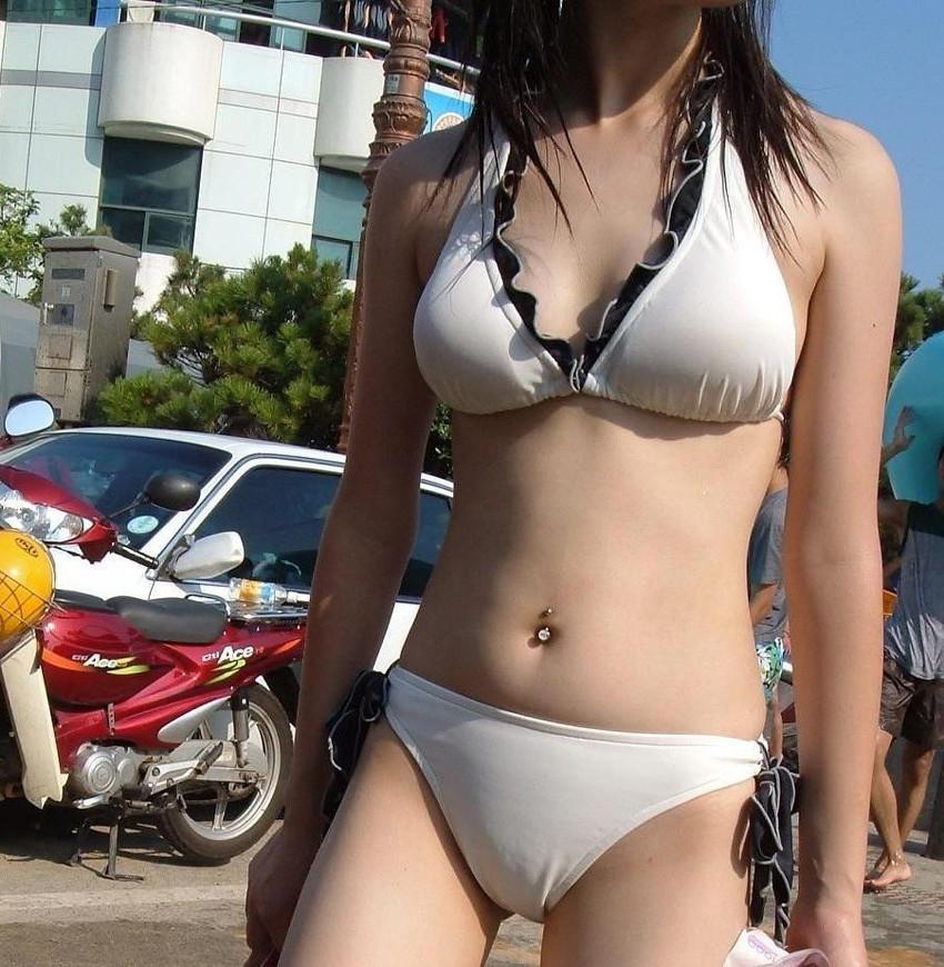 【素人水着エロ画像】素人娘たちの水着姿が生々しくて勃起不可避な件! 06