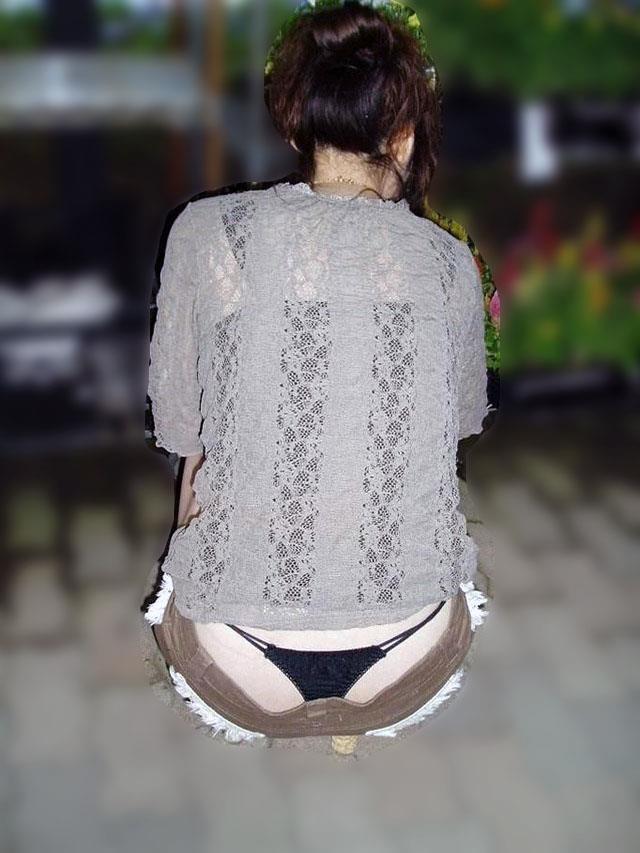 【ローライズエロ画像】見られること前提!?ローライズの女の子のパンツがハデすぎるw 43