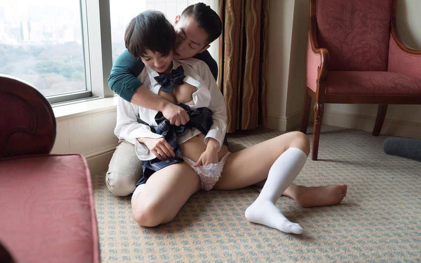 【美少女セックスエロ画像】非現実的すぎるぐぅカワ美少女に結合部分丸見え挿入しちゃうww 61