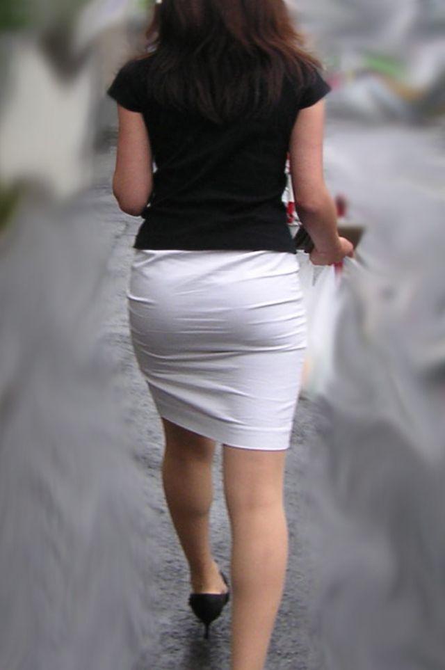 【透けパンエロ画像】街中で美女達が私キレイでしょ?って感じで歩いてるのに透けパンティー盗撮されてるとか最高すぎww 45