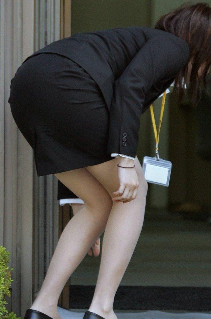 【透けパンエロ画像】街中で美女達が私キレイでしょ?って感じで歩いてるのに透けパンティー盗撮されてるとか最高すぎww 70