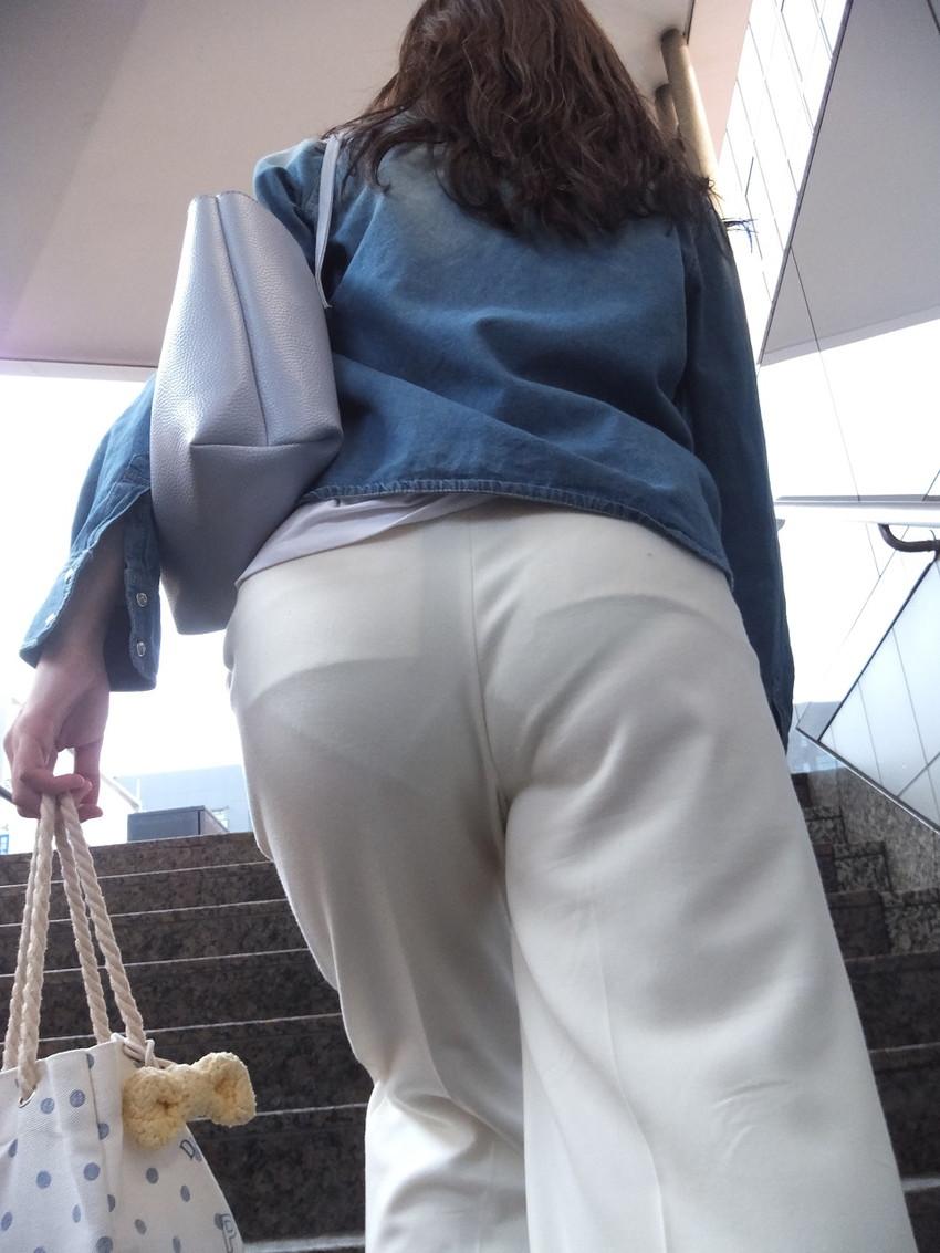 【透けパンエロ画像】街中で美女達が私キレイでしょ?って感じで歩いてるのに透けパンティー盗撮されてるとか最高すぎww 74