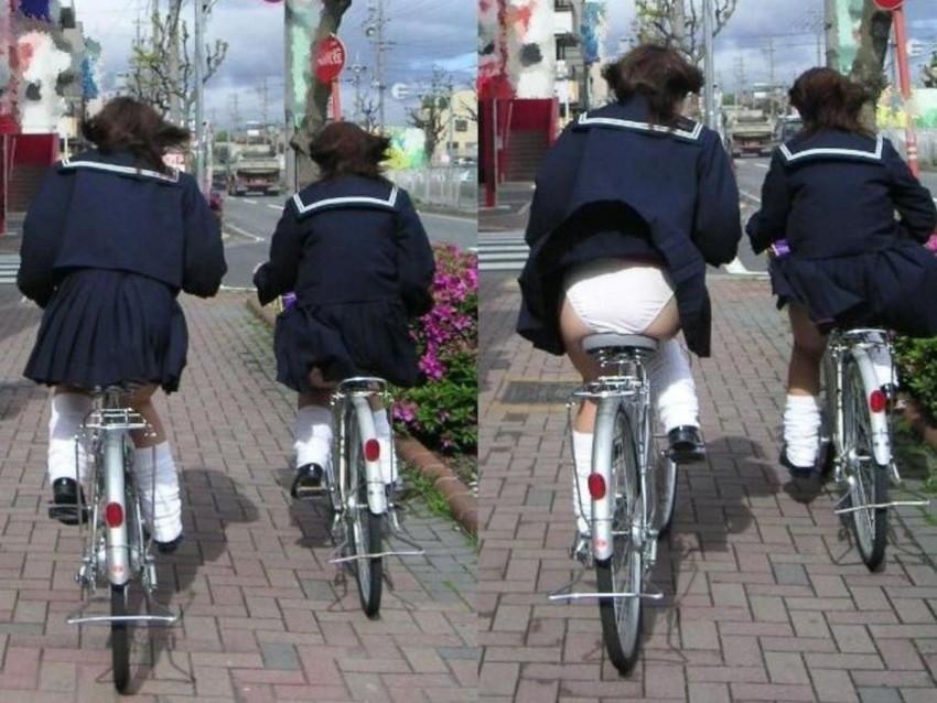 【自転車パンチラエロ画像】街中を颯爽とパンチラしながら走る素人JKやミニスカギャルやリクルートスーツJDの自転車パンチラ画像集w 06
