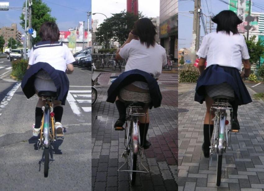 【自転車パンチラエロ画像】街中を颯爽とパンチラしながら走る素人JKやミニスカギャルやリクルートスーツJDの自転車パンチラ画像集w 55