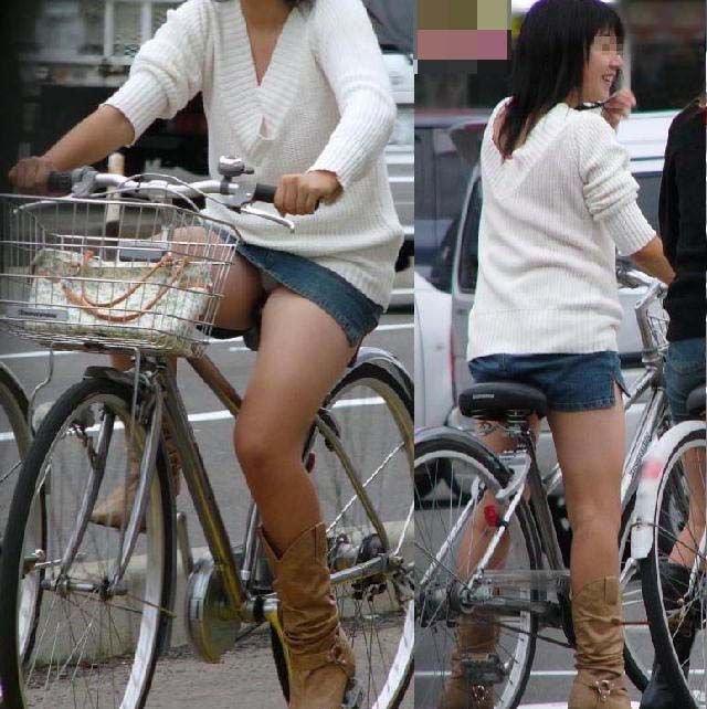 【自転車パンチラエロ画像】街中を颯爽とパンチラしながら走る素人JKやミニスカギャルやリクルートスーツJDの自転車パンチラ画像集w 63