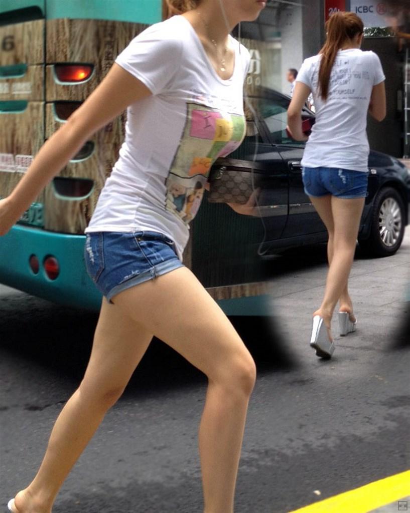 【デニムショーパンエロ画像】ハミマン・ハミパン必至!!むっちりデカ尻ギャル達のデニムショーパンエロ画像 63