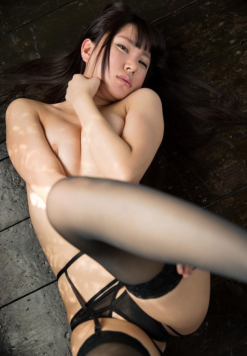 【ガーターベルトエロ画像】エロボディなギャルが全裸ガーターベルトでご奉仕セックスしてくれるエロさは異常ww 42