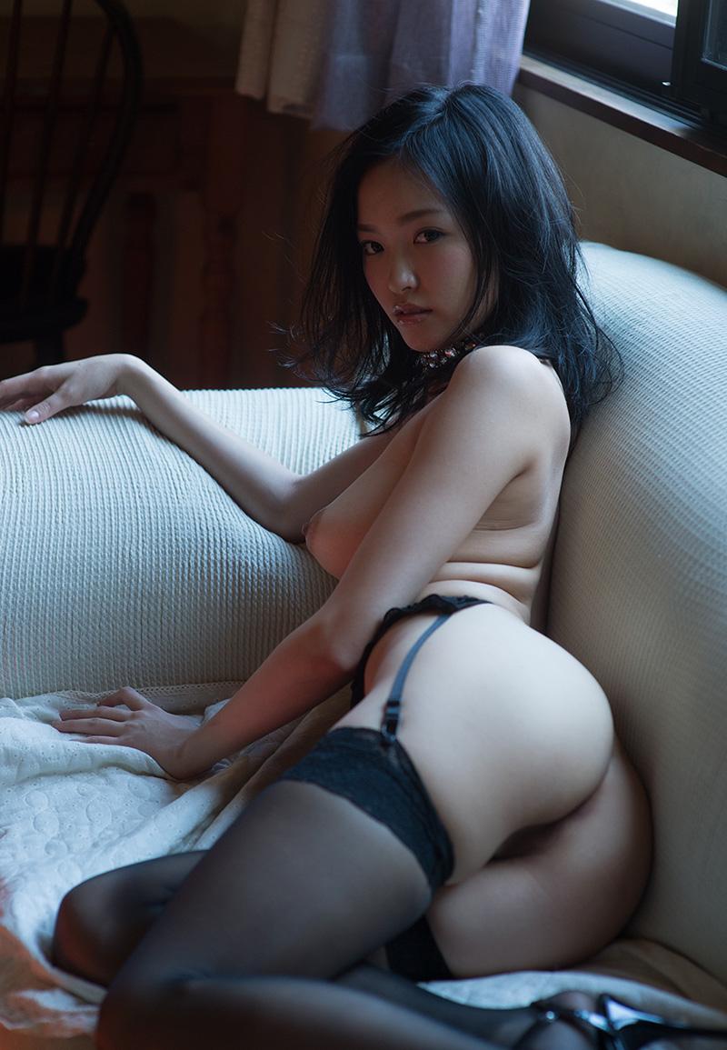 【ガーターベルトエロ画像】エロボディなギャルが全裸ガーターベルトでご奉仕セックスしてくれるエロさは異常ww 64
