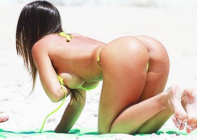 【ブラジル人エロ画像】地球の裏側ですげぇデカ尻爆乳のエロボディブラジル人がいるの知ってた?ww