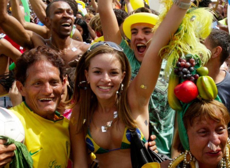 【ブラジル人エロ画像】地球の裏側ですげぇデカ尻爆乳のエロボディブラジル人がいるの知ってた?ww 59