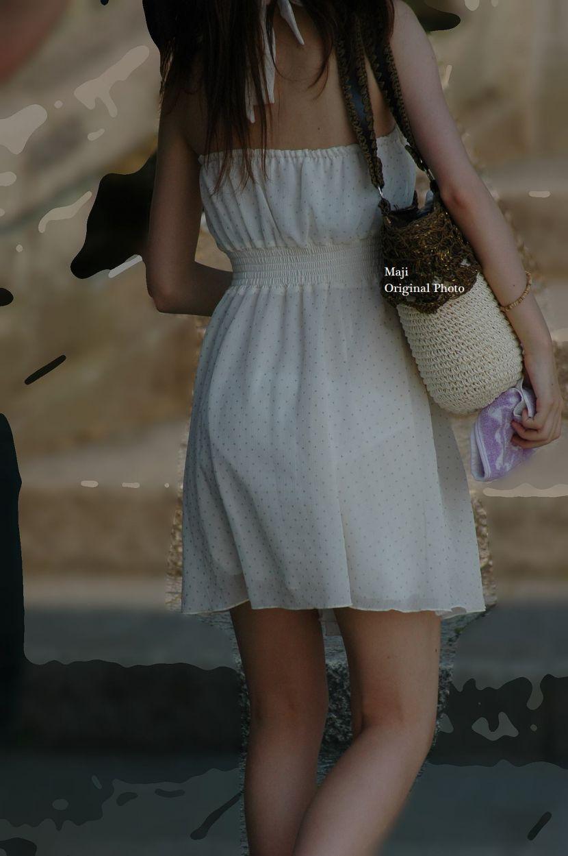 【透けパンエロ画像】街中で盗撮された奇跡!タイトスカートや白ズボンの素人お姉さん達が透けパンしちゃってるエロ画像集!ww 80
