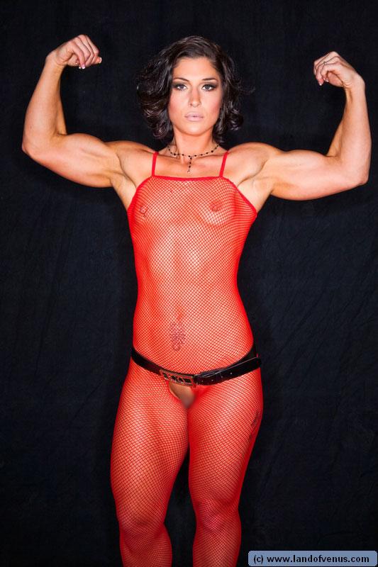 【筋肉女子エロ画像】性欲の塊のような逆レイプ回避不可能そうな筋肉女子のエロ画像集!ww 20