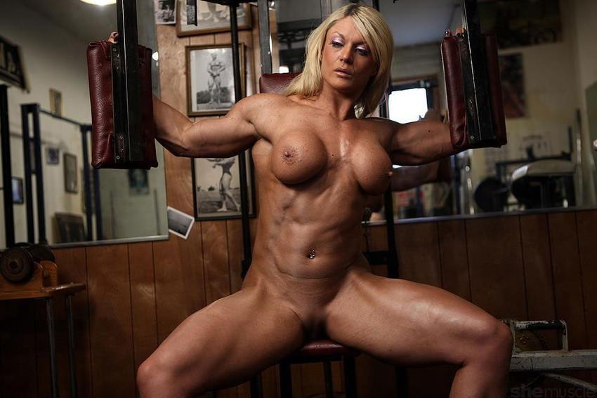 【筋肉女子エロ画像】性欲の塊のような逆レイプ回避不可能そうな筋肉女子のエロ画像集!ww 26