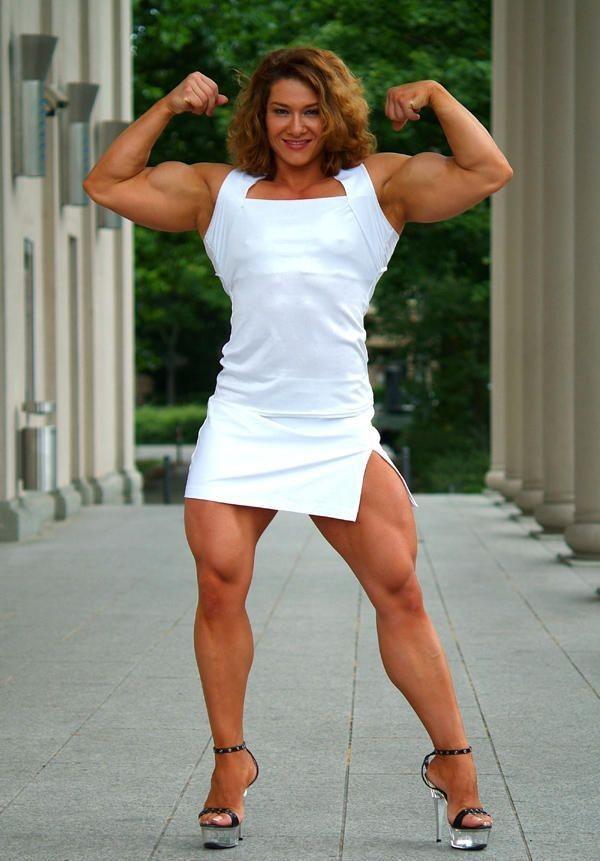 【筋肉女子エロ画像】性欲の塊のような逆レイプ回避不可能そうな筋肉女子のエロ画像集!ww 49