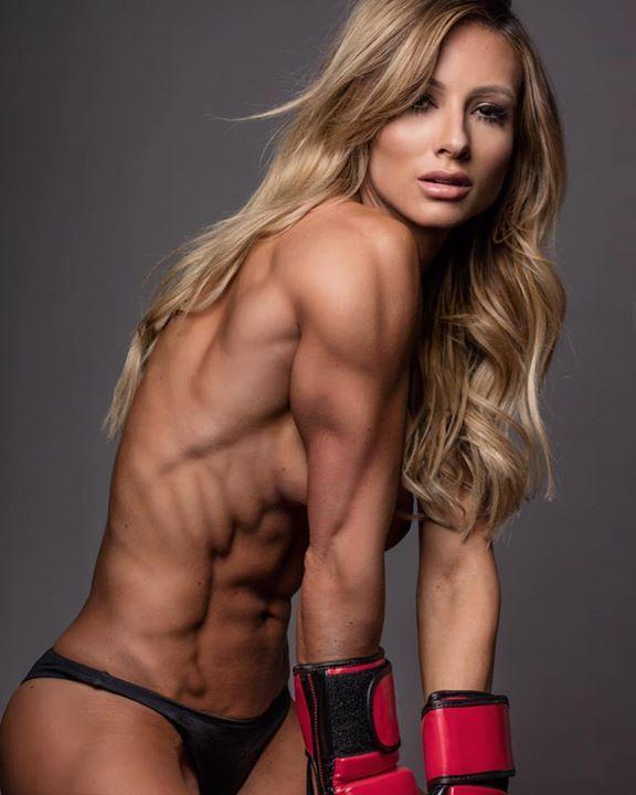 【筋肉女子エロ画像】性欲の塊のような逆レイプ回避不可能そうな筋肉女子のエロ画像集!ww 76