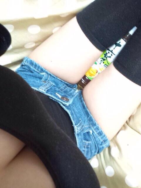 【ニーハイソックスエロ画像】ロリで細身の美脚美少女がニーハイソックス履いてM字開脚してきたら確実に勃起!ww 27