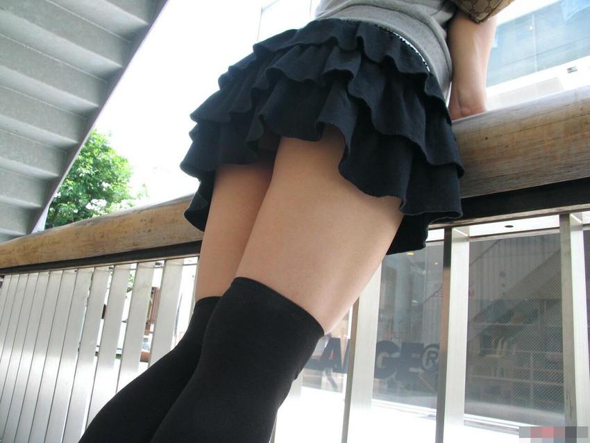 【ニーハイソックスエロ画像】ロリで細身の美脚美少女がニーハイソックス履いてM字開脚してきたら確実に勃起!ww 57