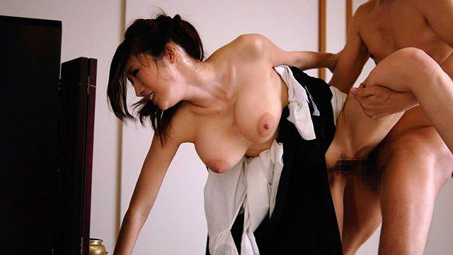 【喪服エロ画像】元夫の仏前で巨乳熟女の未亡人が着る喪服を脱がして剛毛まんこに挿入して寝取ちゃってる喪服エロ画像集ww 18