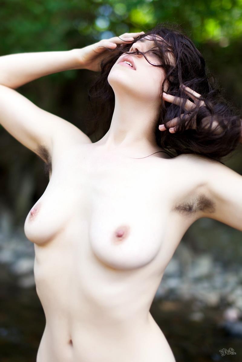 【脇毛エロ画像】熟女のだらしないカラダからハミ出る脇毛がエロ過ぎて寝取りたくなる件ww 40