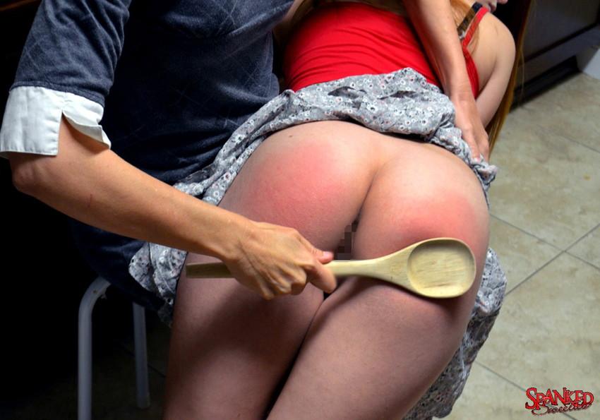【スパンキングエロ画像集】ナマイキな美女にスパンキングでSMプレイ!尻叩きで性奴隷調教するスパンキングエロ画像集ww 32