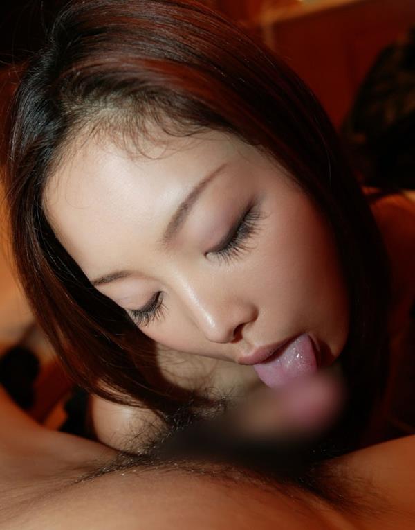 【裏筋舐めフェラエロ画像】ご奉仕大好き女子が裏筋を丁寧にねっとり舐めてフェラしてくれてる裏筋舐めフェラのエロ画像集!ww【80枚】 61