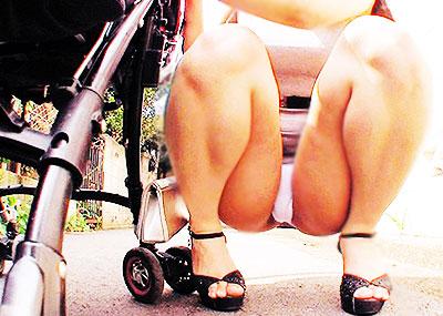 【ミニスカートエロ画像】美脚が強調されてパンチラも拝めるミニスカートのエロ画像集!ww【80枚】
