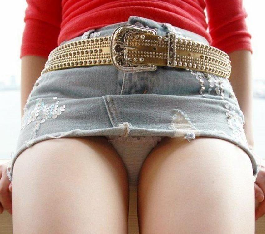 【ミニスカートエロ画像】美脚が強調されてパンチラも拝めるミニスカートのエロ画像集!ww【80枚】 29