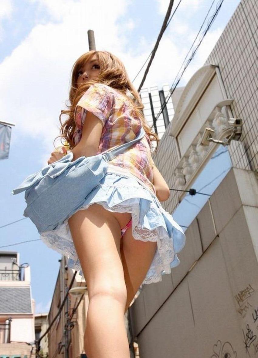 【ミニスカートエロ画像】美脚が強調されてパンチラも拝めるミニスカートのエロ画像集!ww【80枚】 39