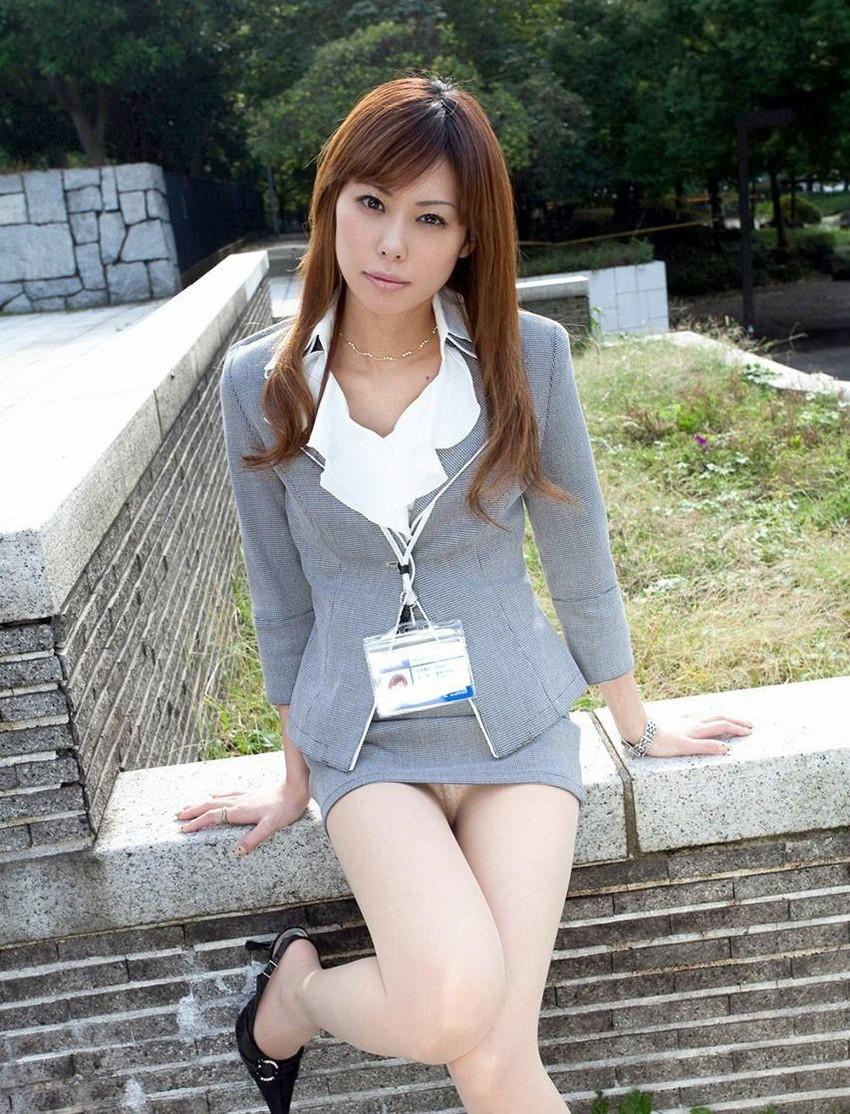 【ミニスカートエロ画像】美脚が強調されてパンチラも拝めるミニスカートのエロ画像集!ww【80枚】 66