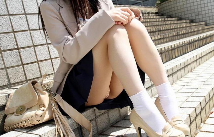 【ミニスカートエロ画像】美脚が強調されてパンチラも拝めるミニスカートのエロ画像集!ww【80枚】 73
