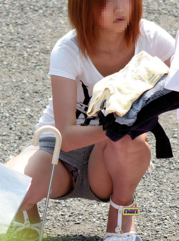【短パンパンチラエロ画像】短パン女子がスカートじゃないからと安心してパンチラしてるところを盗撮したった短パンパンチラのエロ画像集!ww【80枚】 51