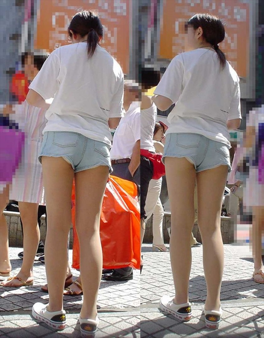 【短パンパンチラエロ画像】短パン女子がスカートじゃないからと安心してパンチラしてるところを盗撮したった短パンパンチラのエロ画像集!ww【80枚】 53