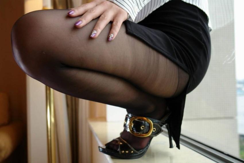 【黒ストエロ画像】冬服JKの黒パンストやタイツ、ショーパン娘の黒ストッキングがエロ過ぎてかぶりつきたくなる黒ストのエロ画像集!ww【80枚】 13