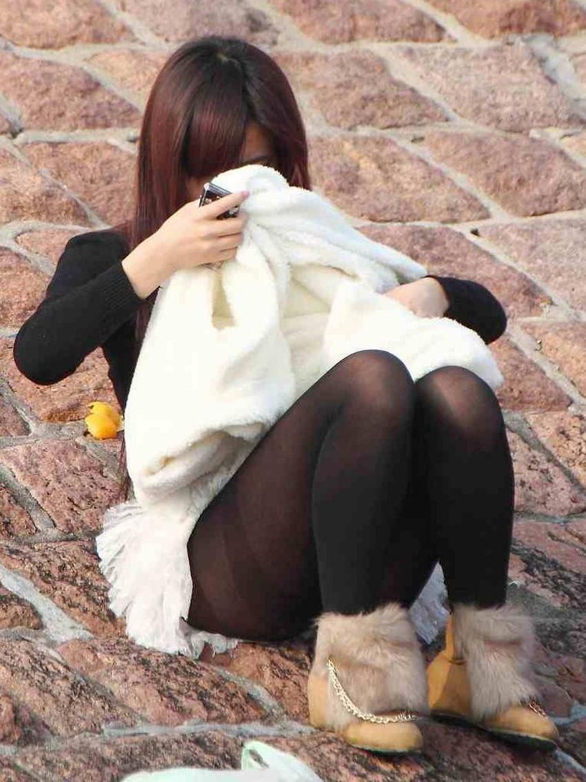 【黒ストエロ画像】冬服JKの黒パンストやタイツ、ショーパン娘の黒ストッキングがエロ過ぎてかぶりつきたくなる黒ストのエロ画像集!ww【80枚】 52