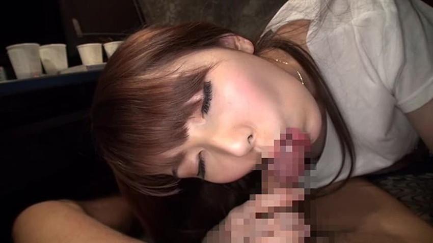 【ネカフェセックスエロ画像】隣にも人がいるネットカフェで喘ぎ声を殺しながらガチハメしてるネカフェセックスのエロ画像集!ww【80枚】 31