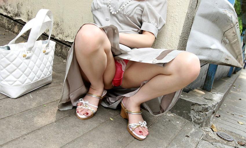 【スリットスカートエロ画像】タイトミニやスリットスカート腰の太ももやパンチラがセクシーすぎるスリットスカートのエロ画像集!ww【80枚】 13