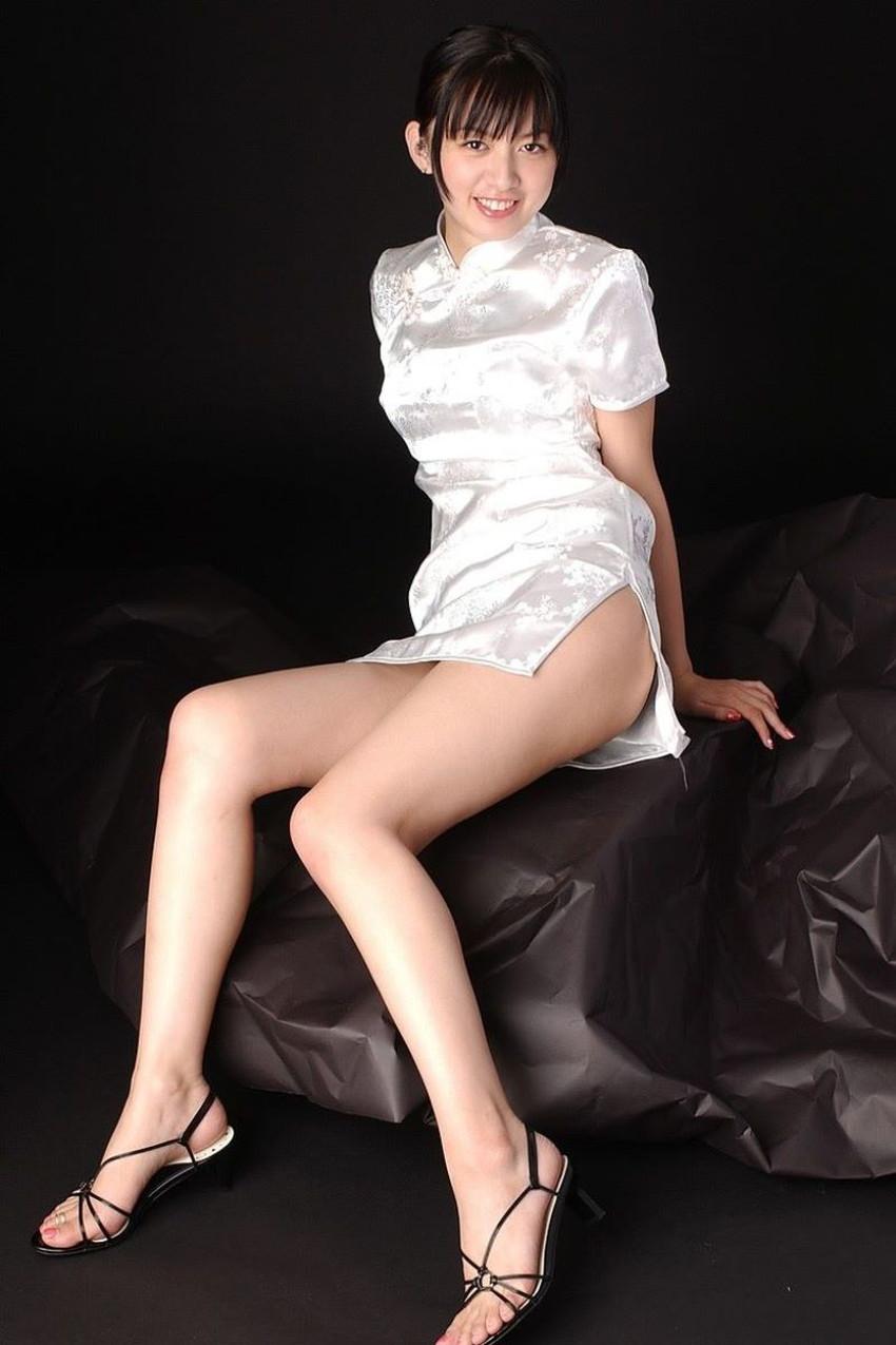 【スリットスカートエロ画像】タイトミニやスリットスカート腰の太ももやパンチラがセクシーすぎるスリットスカートのエロ画像集!ww【80枚】 56