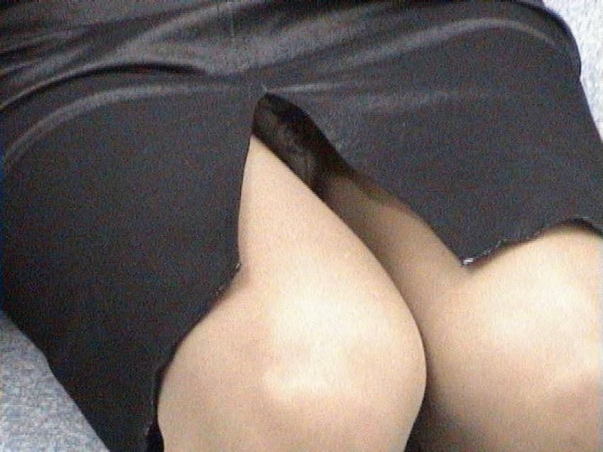 【スリットスカートエロ画像】タイトミニやスリットスカート腰の太ももやパンチラがセクシーすぎるスリットスカートのエロ画像集!ww【80枚】 64