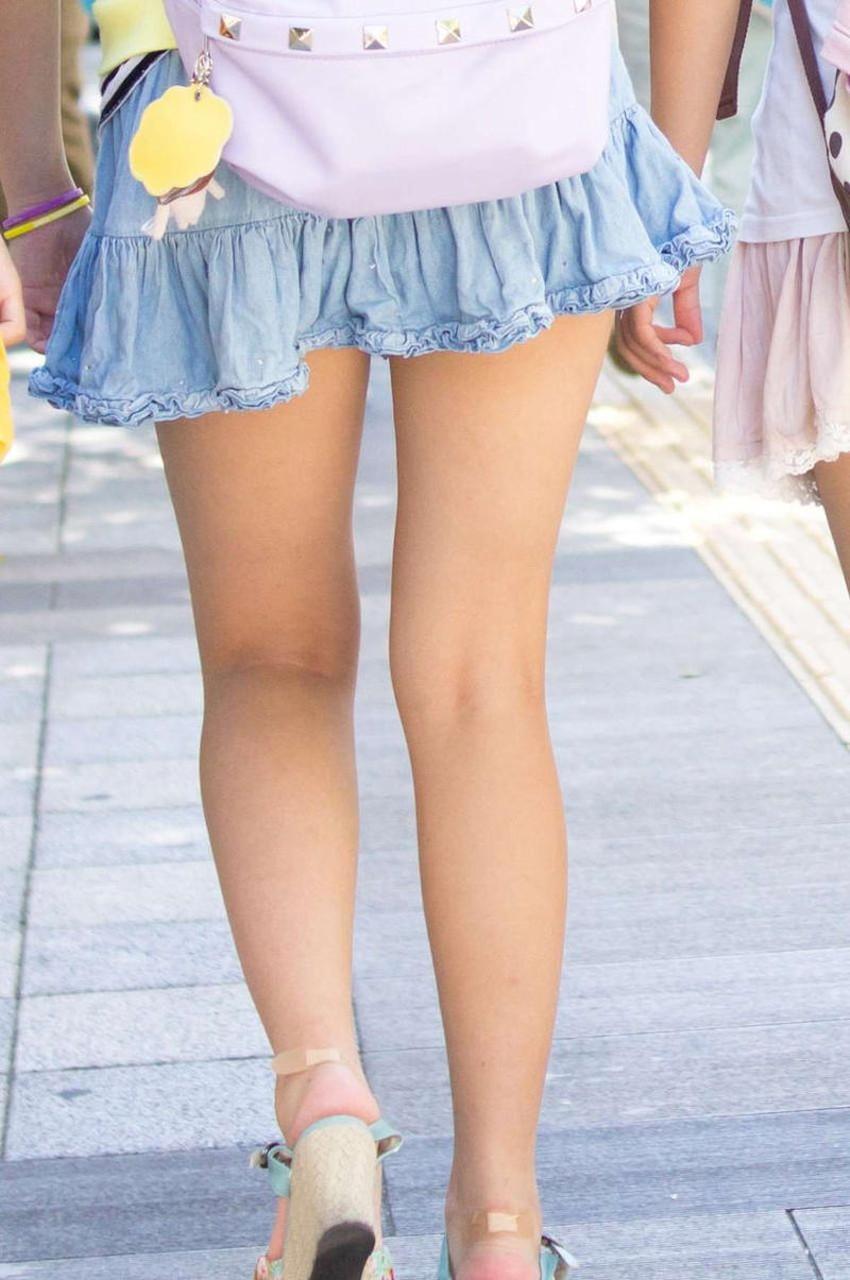 【生足エロ画像】ショーパンやミニスカの生足女子の美脚やパンチラ、ハミケツが最高過ぎる生足のエロ画像集!ww【80枚】 63