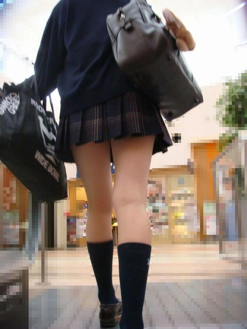 【生足エロ画像】ショーパンやミニスカの生足女子の美脚やパンチラ、ハミケツが最高過ぎる生足のエロ画像集!ww【80枚】 66