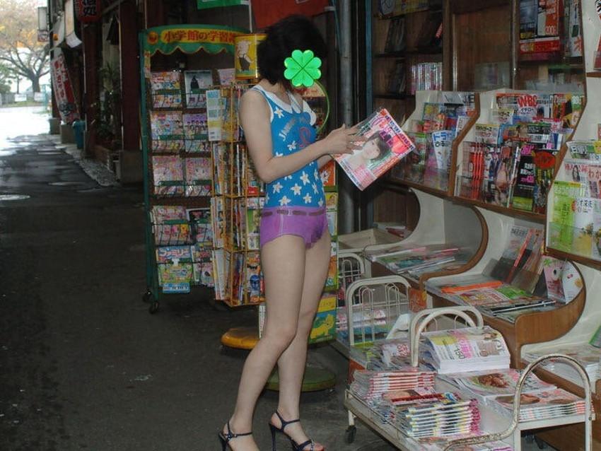 【ボディペイントエロ画像】全裸なのにボディペイントで着衣に見せかけ野外で露出狂プレイを堪能するボディペイントのエロ画像集ww!ww【80枚】 14