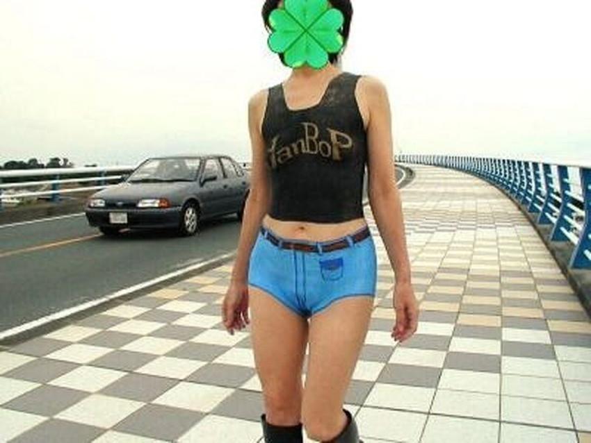 【ボディペイントエロ画像】全裸なのにボディペイントで着衣に見せかけ野外で露出狂プレイを堪能するボディペイントのエロ画像集ww!ww【80枚】 65