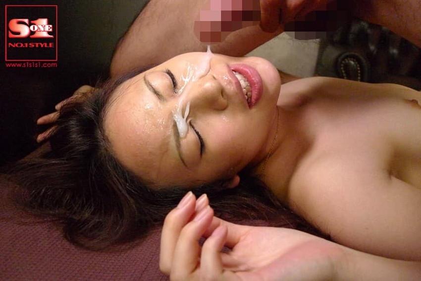 【顔射フィニッシュエロ画像】美女とのセックスは顔面にフィニッシュ!!Hのクライマックスで濃厚ザーメンをぶっかけした顔射フィニッシュのエロ画像集!ww【80枚】 13