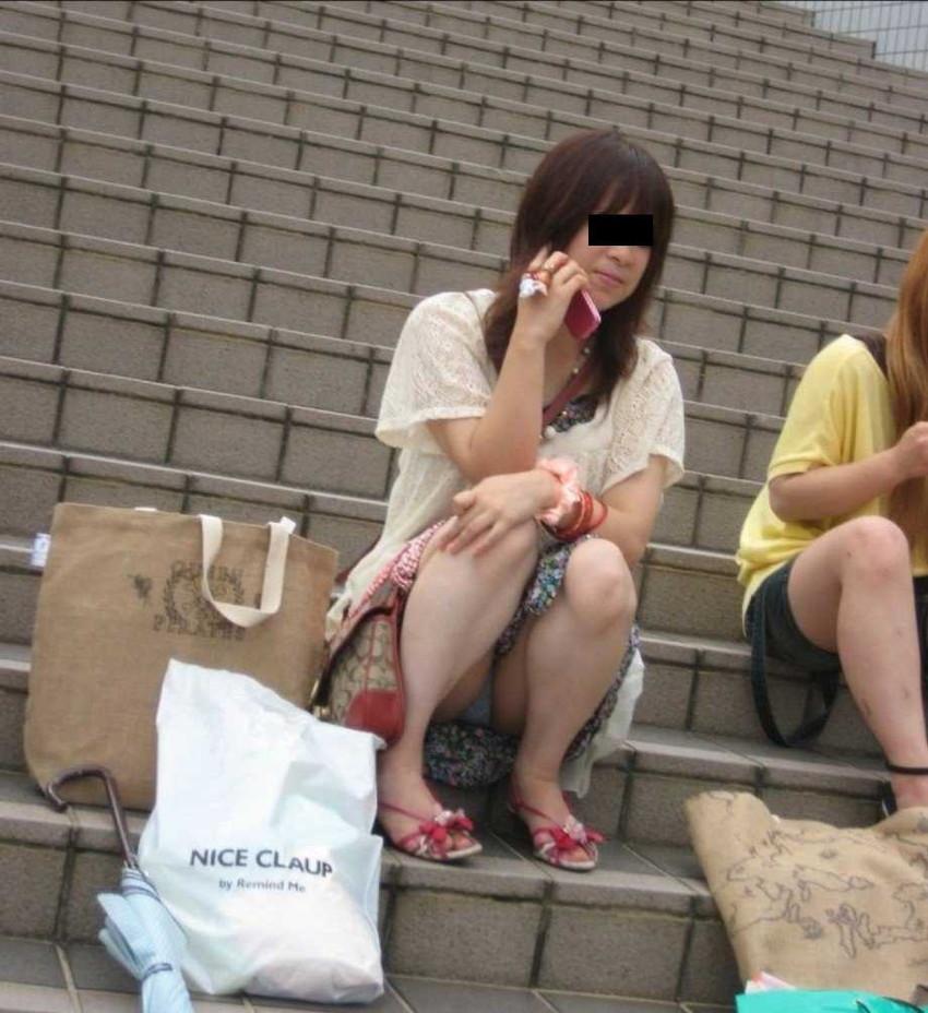 【階段 エロ画像】非常階段でスリル満点セックスしたりミニスカ素人娘のパンチラ盗撮しちゃってる階段エロ画像集!ww