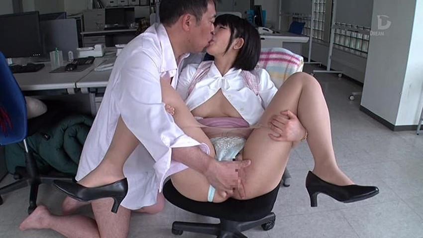 【会議室セックスエロ画像】変態OLが上司と会議室でセックスしてパンスト破りされてる会議室セックスのエロ画像集!ww【80枚】 04