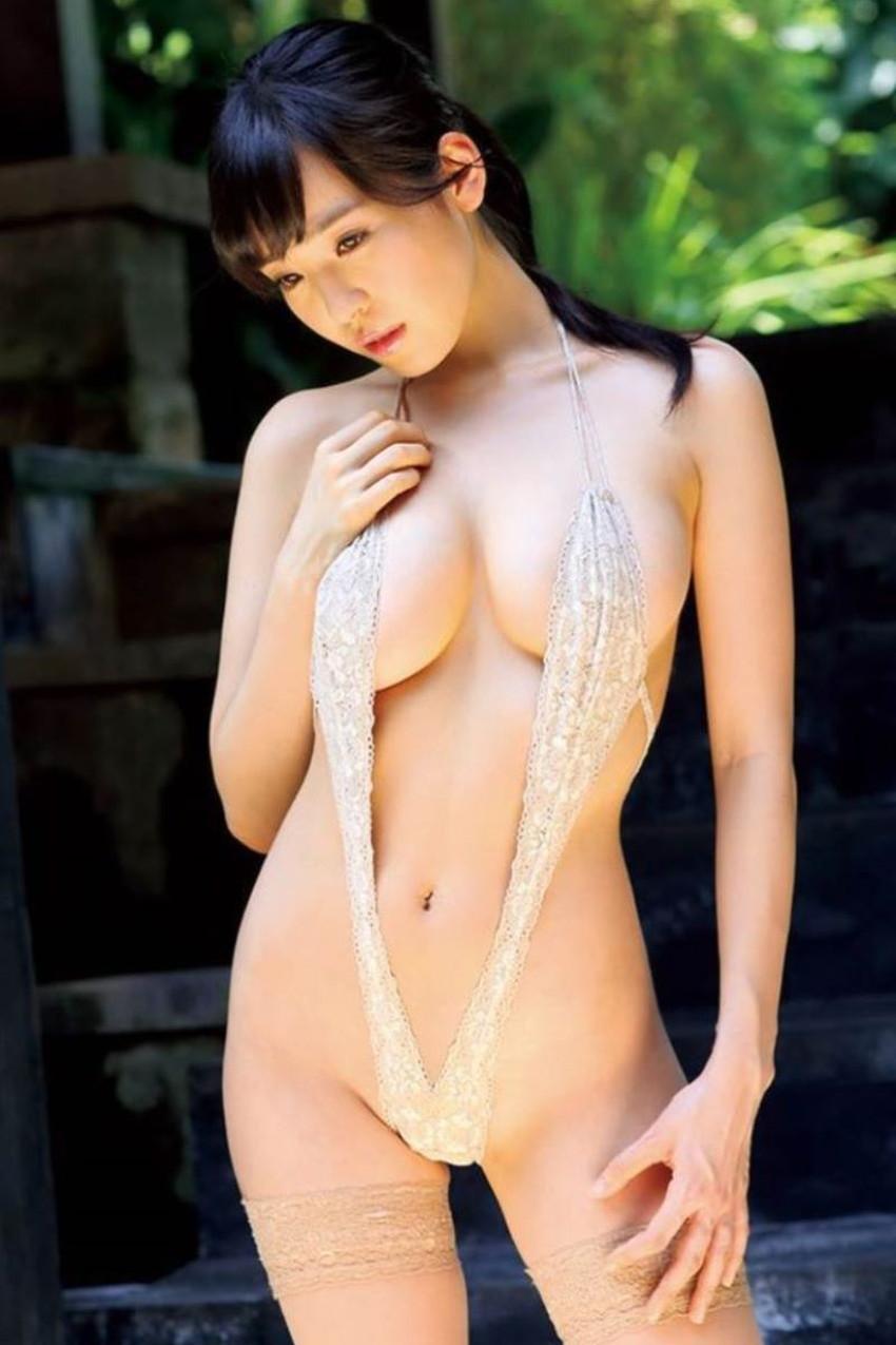 【スリングショット水着エロ画像】全裸よりもエロいスリングショット水着!乳首がとおまんこを隠すだけの変態水着で調教セックスされてるスリングショット水着のエロ画像集!w【80枚】 78