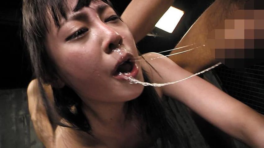 【ハードイラマチオエロ画像】高飛車ギャルやドマゾ娘に巨根でハードイラマチオ!ww口内の喉奥に巨根を突き刺すハードイラマチオのエロ画像集ww【80枚】 61