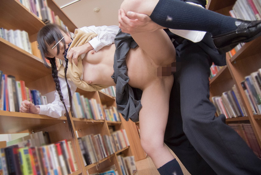 【制服美少女エロ画像】セーラー服やブレザーのJK制服をビリビリにして調教したくなる制服美少女のエロ画像集!ww【80枚】 23